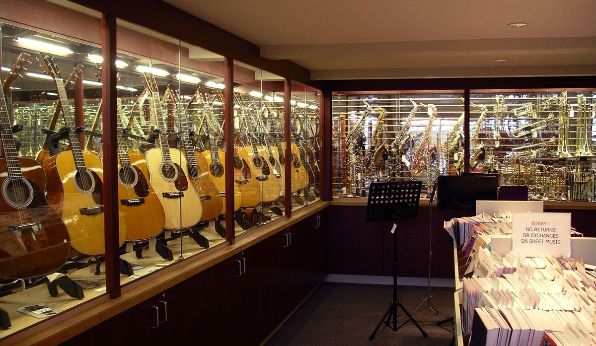 Guitar-Case-display